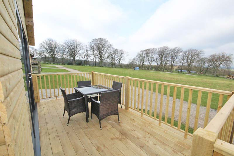 Wooden glamping lodge for 4 with hot tub in Caldbeck, North Lakes, Cumbria7
