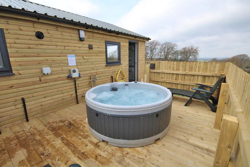 Wooden glamping lodge for 4 with hot tub in Caldbeck, North Lakes, Cumbria8
