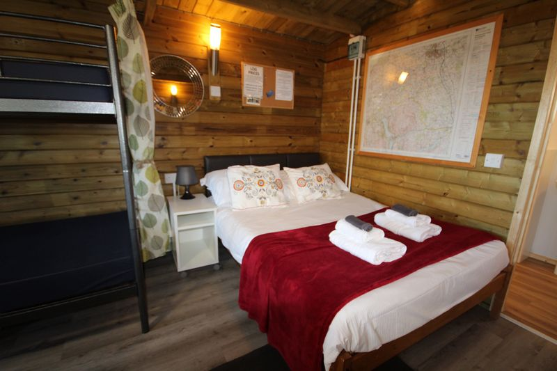 Luxury glamping with hot tub in Caldbeck, North Lakes, Cumbria2