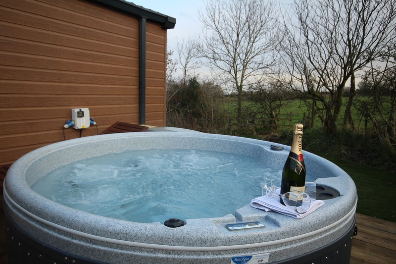Luxury glamping lodge for 4 or 6, Caldbeck, Cumbria5